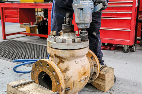 stripping down a valve